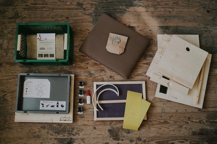 Berliner Kiste Wurmkiste wurmkiste einfach kompostieren mit einem stylischen hocker